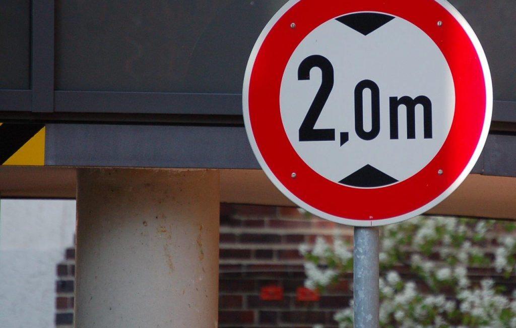 2 Meter Schild